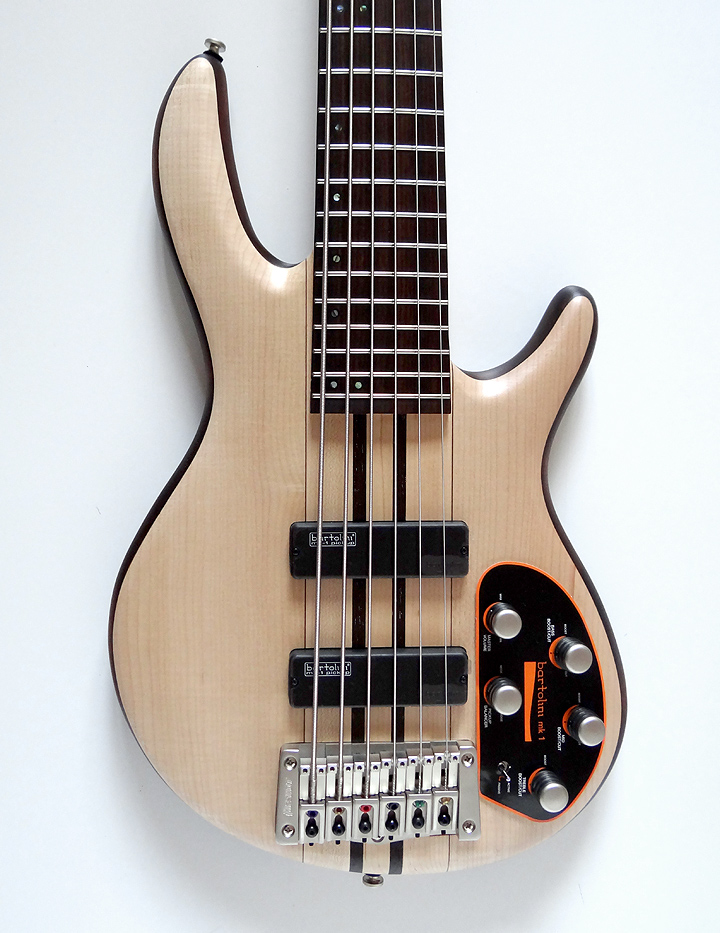 Cort A6 plus 6 string Bass Guitar