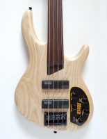 Cort Artisan B4 FL plus OPN Fretless Bass Guitar